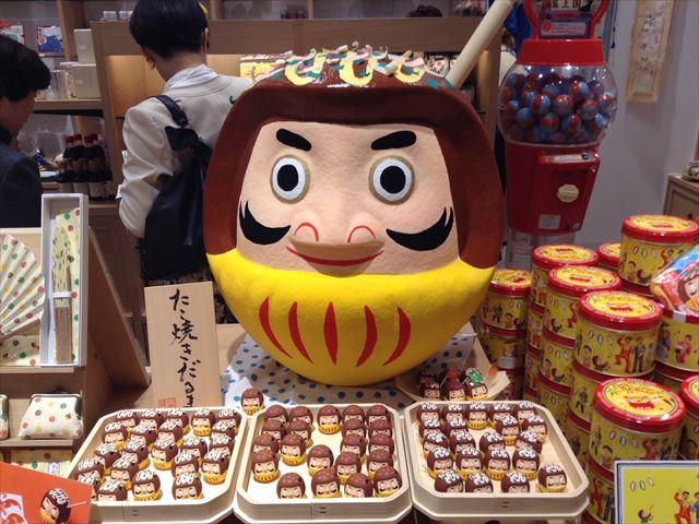 日本市ルクアイーレ店の様子