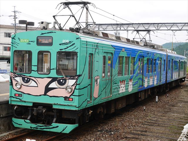 忍者列車・伊賀鉄道・松本零士デザイン