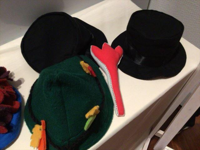 スナフキンやムーミンパパの帽子など