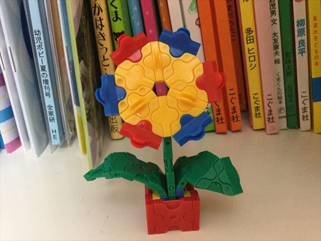 ラキューベーシックセットで作った花
