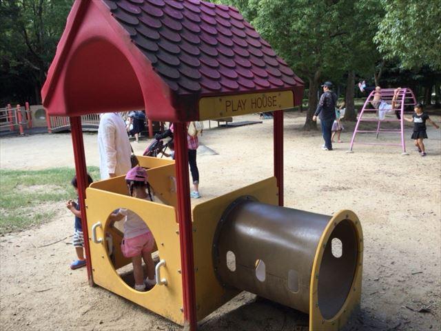 「児童の森」大仙緑地公園の遊具1(幼児向け)