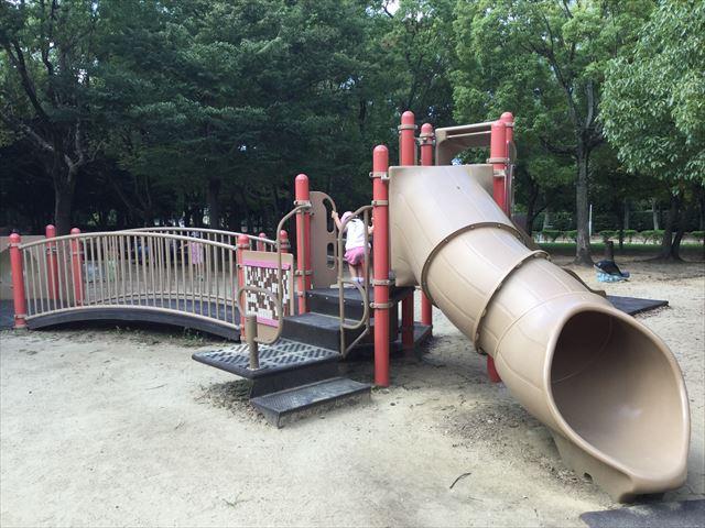 「児童の森」大仙緑地公園の遊具3(幼児向け)