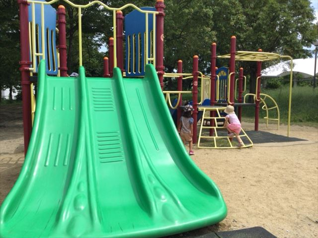 鶴見緑地公園の遊具②