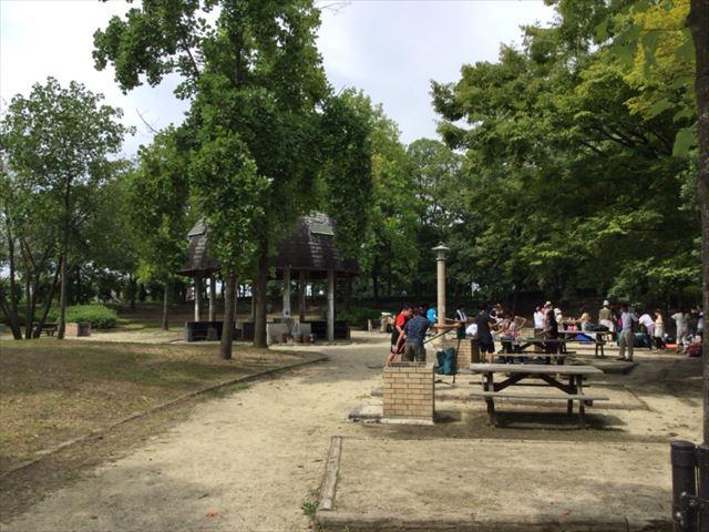 鶴見緑地公園・キャンプ場内の様子