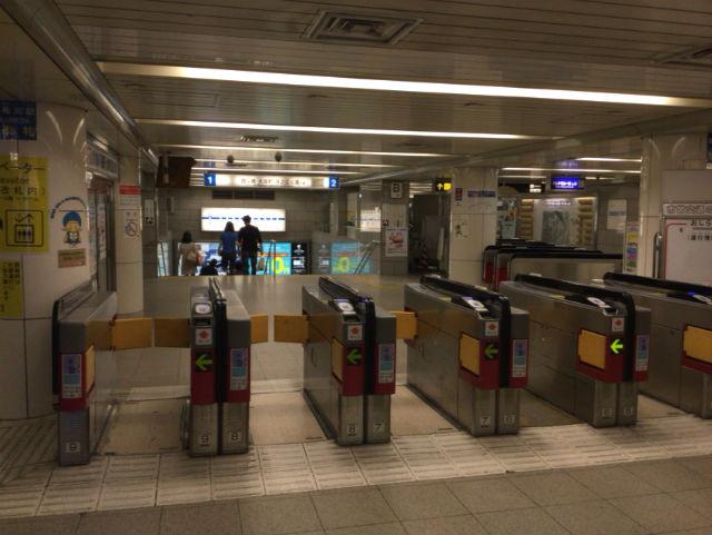 四つ橋線「梅田駅」乗車専用改札