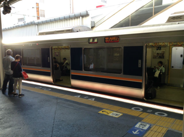 JR西日本・学研都市線の電車