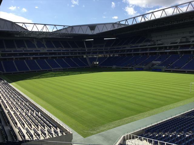 ガンバ大阪新スタジアム(市立吹田スタジアム)内を見学。コーナーからの眺め