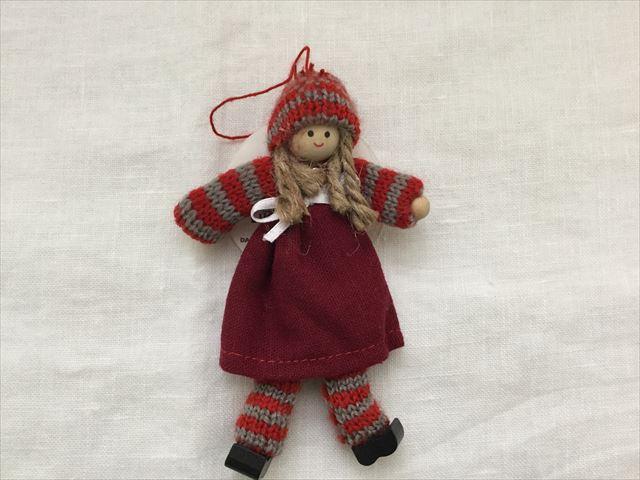 購入した「フライングタイガーコペンハーゲン」のクリスマスオーナメント、女の子の人形