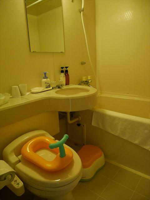 「ホテルグリーンプラザ東条湖」まるごとキッズルーム内装やサービス・トイレ&バス