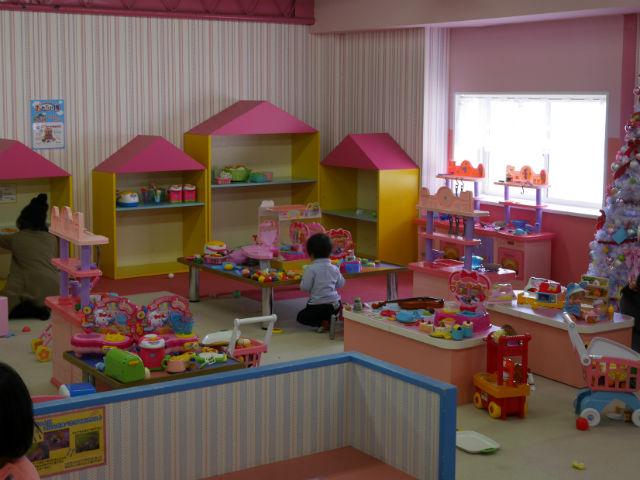 「東条湖おもちゃ王国」ままごとハウス