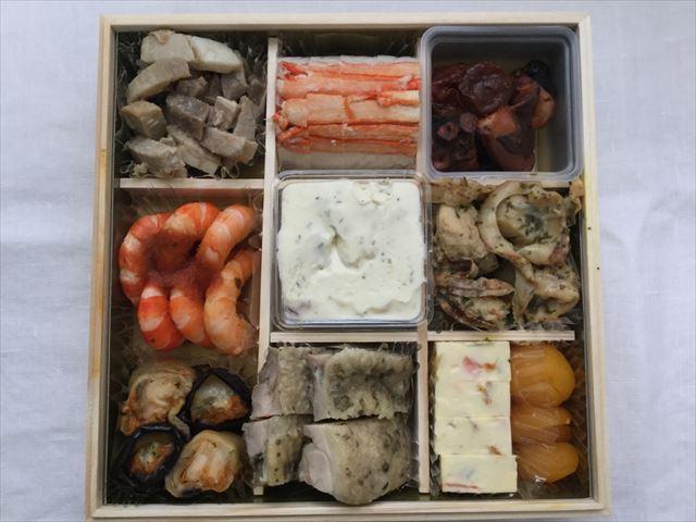 「オイシックス(Oisix)」のおせち料理、和洋折衷二段重「高砂」二の重の品名