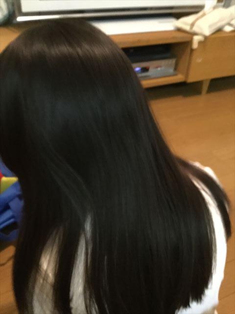 イオニティ「EH-NE26」で乾かした子供の後ろ髪