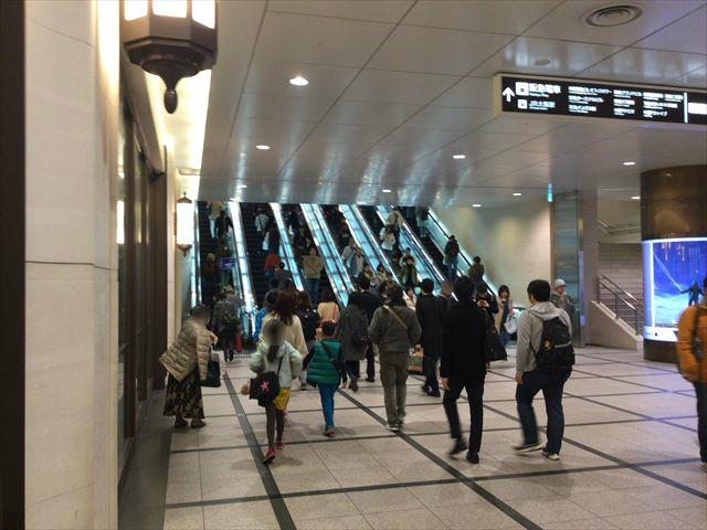 阪急百貨店うめだ本店横のエレベーター