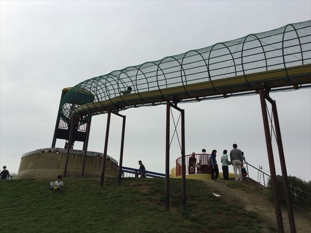 浜寺公園「南児童遊技場」特大滑り台とロングスライダー