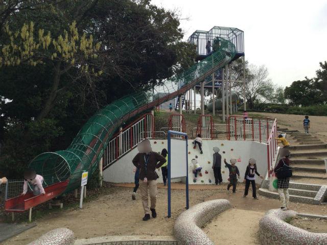 浜寺公園「高石児童遊技場」滑り台とロッククライミング