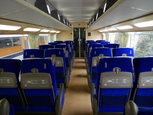 近鉄特急ビスタカー、2階座席