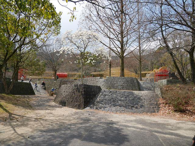 「皇子が丘公園」遊具