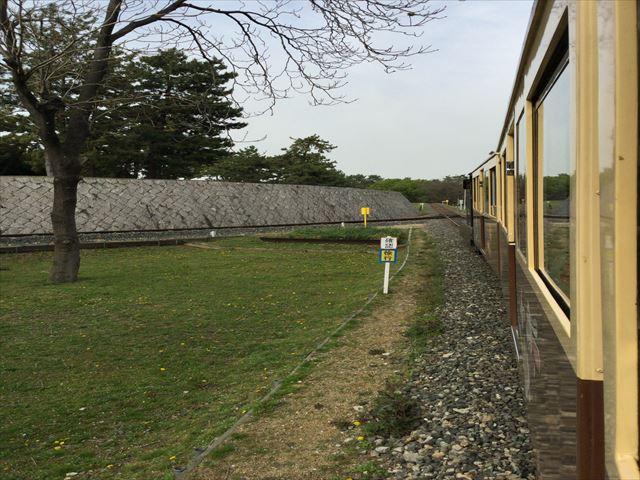 浜寺公園内の汽車から見た景色