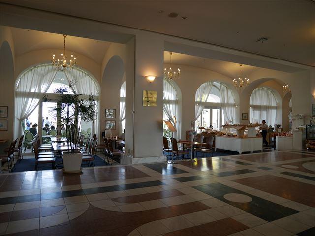 和歌山マリーナシティホテルのロビー