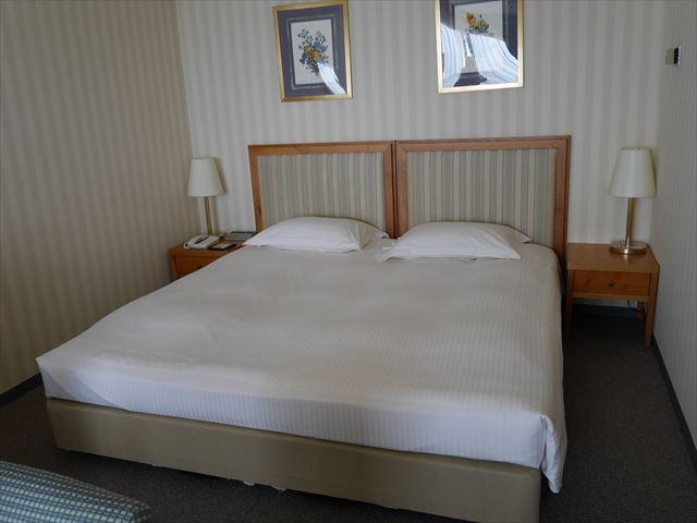 和歌山マリーナシティホテル、キングサイズベッド