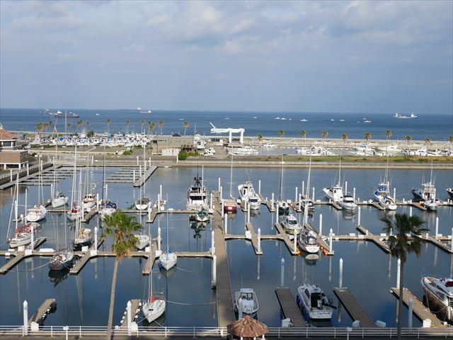 和歌山マリーナシティホテル、バルコニーからの景色、一面の海