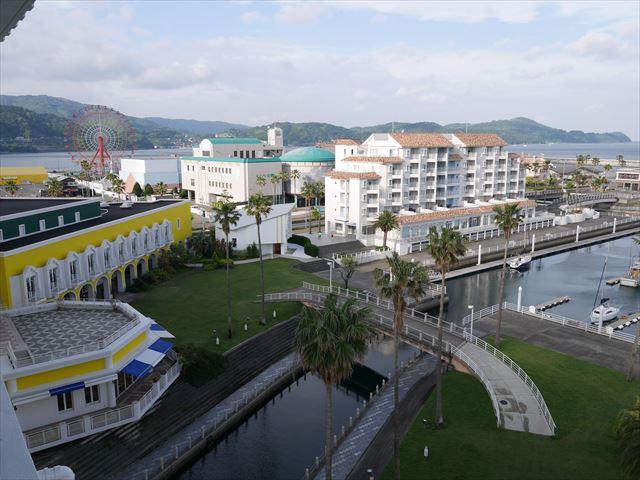 和歌山マリーナシティホテル、バルコニーからの景色