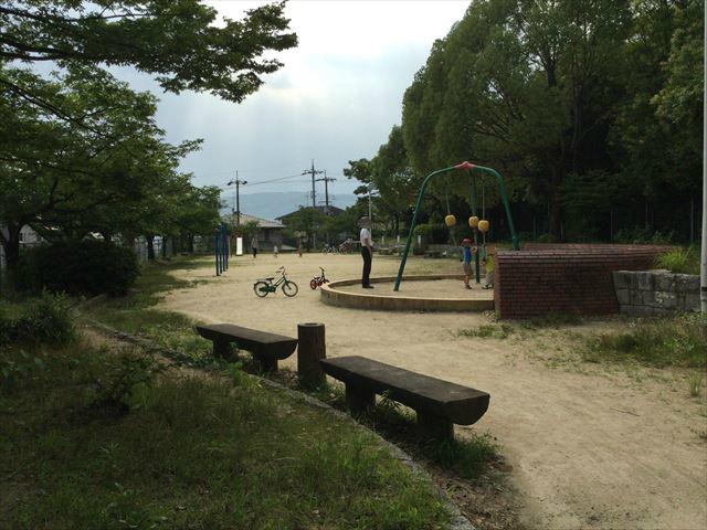 「あらかし公園」の遊具全体