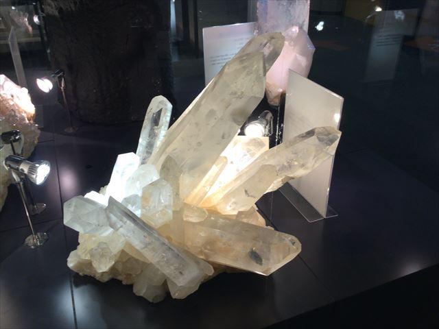 大阪市立科学館、3階展示場、水晶