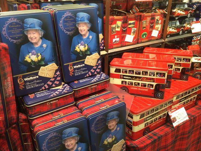 阪急百貨店うめだ本店「英国フェア2016」ウォーカーエリザベス女王の缶