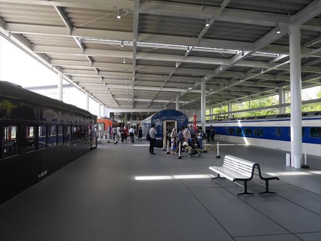 「京都鉄道博物館」食堂車