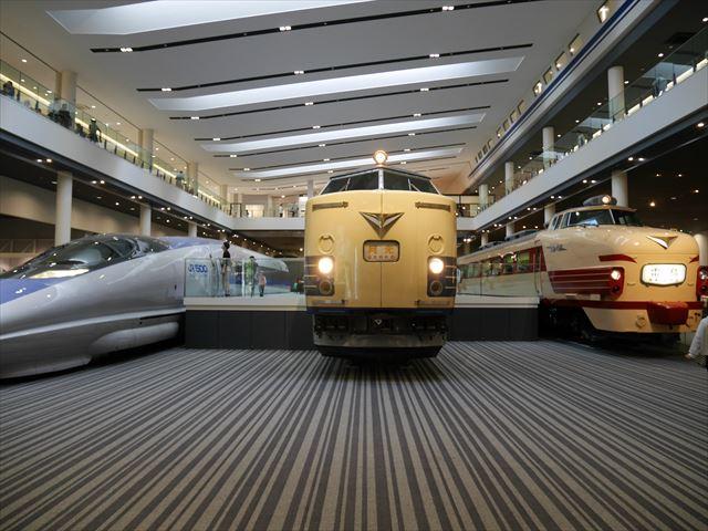 「京都鉄道博物館」展示、500系新幹線、月光、雷鳥