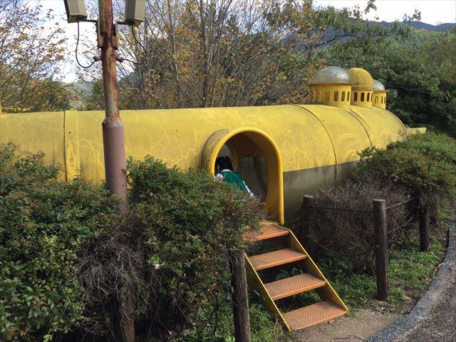 平成榛原子供のもり公園「恐竜の国」チューブの入口