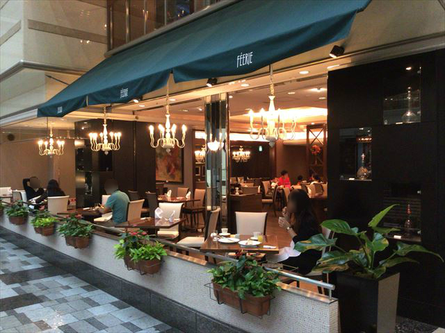 京都ブライトンホテルの朝食、テラスレストラン「フェリエ(FEERIE)」