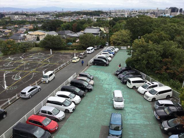 千里中央公園展望台の無料駐車場