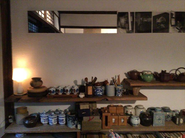 中国茶専門店「無茶苦茶」店内の食器