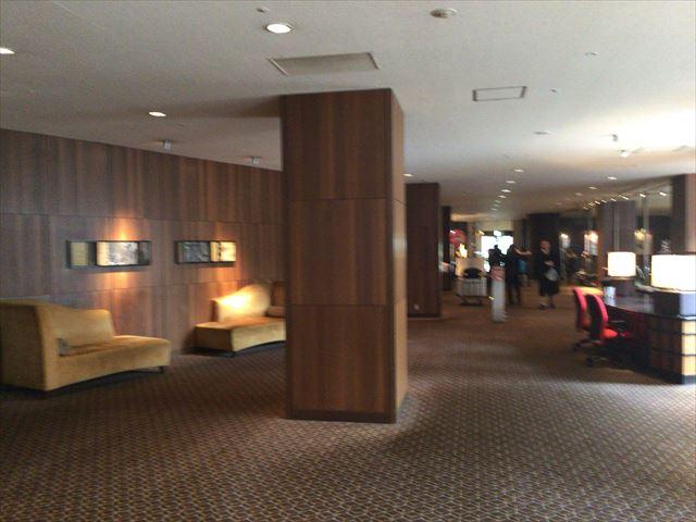 「シェラトン都ホテル東京」ロビー