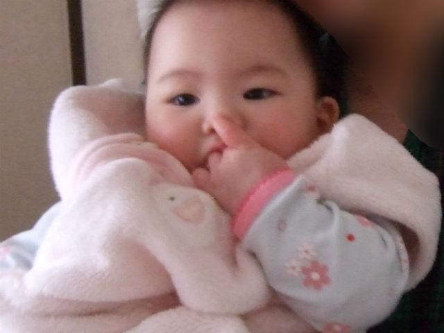 娘が赤ちゃんの時に着ていたスリーパー