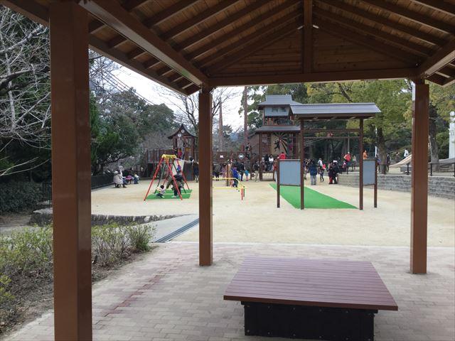 池田市「五月山公園」休憩所