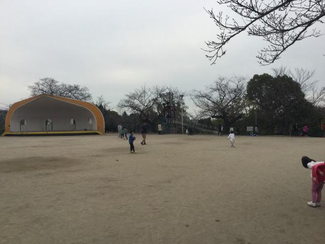 五月山公園、ボール遊びエリア