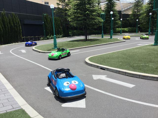 USJ「セサミのビッグドライブ」コースとカート