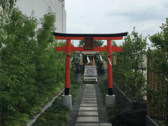 大丸心斎橋店北館屋上庭園、神社