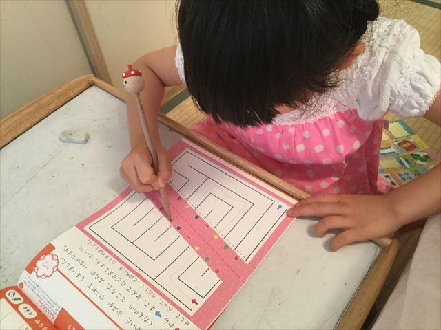 学研の幼児ワーク「めいろ」6歳の問題、道が破れている難易度が高い問題