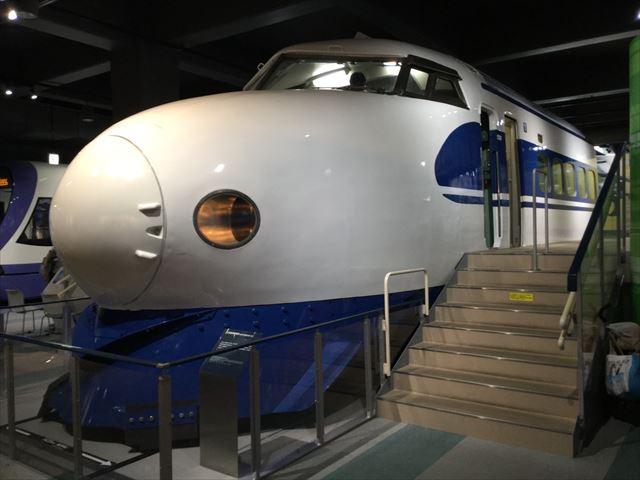 「カワサキワールド」0系新幹線
