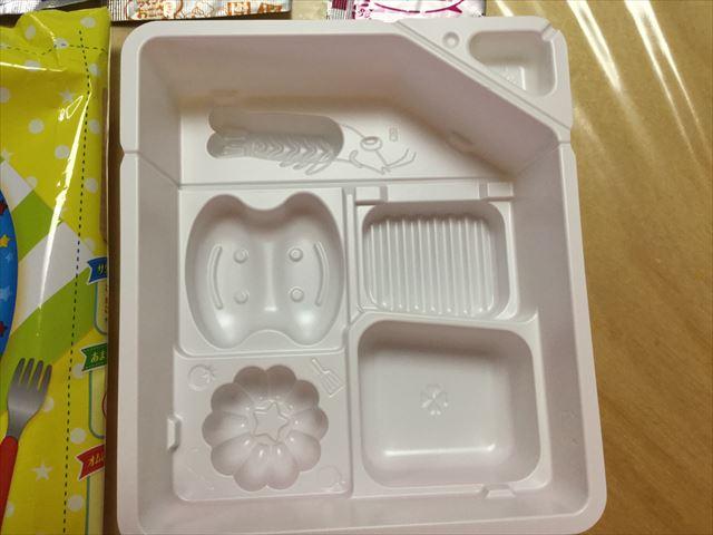 知育菓子ホッピンクッキン「つくろう!おこさまランチ」トレー
