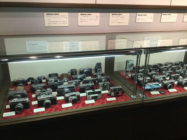 「バンドー神戸青少年科学館」2階古いカメラの展示