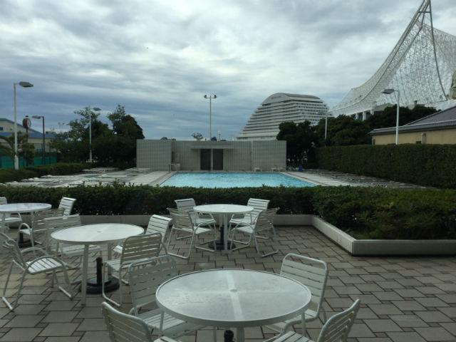 「ホテルオークラ神戸」屋外プール