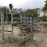 六甲アイランド「向洋西公園」ミニアスレチック木のはしご