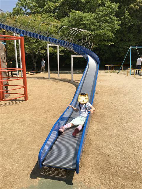 錦織公園「水辺の里」アスレチック型大型複合遊具、ローラー滑り台
