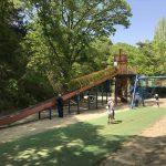 錦織公園「やんちゃの里」の「ちびっこ砦」ローラー滑り台