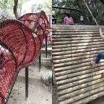 須磨離宮公園のアスレチック「冒険の森」輪くぐりと縄を持って登るアスレチック
